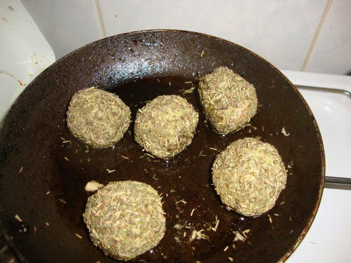 Les boulettes à la poêle